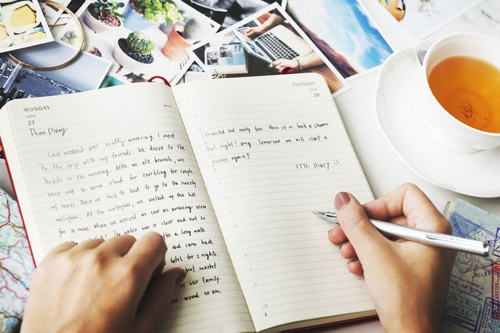 journaling-in-diary